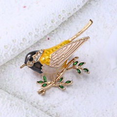 Rhinestone Colorful Enamel Oriole Bird Branch Brooch Pins Men Women's Alloy Bird Brooches For Suits Dress Banquet Brooch Gift bird1