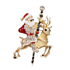 New Christmas Tree Snowman Brooches for Women Fashion Jewelry Festival Enamel Brooch Pins Good Gift Winter Coat Cap Brooch Santa Claus