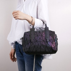 Women Shoulder Bag Geometry lattice Tote Bags Luminous Handbags Storage Bag Women bags Pillow Shape Bag Bucket Bag The pillow pack