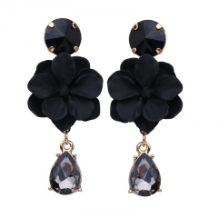Flower crystal stud earrings Green