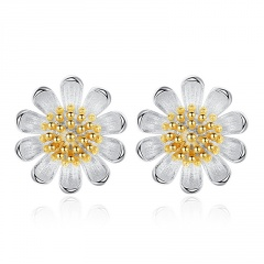 S025 Silver Sweet Daisy Stud Earring for Women Gold