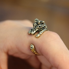 Size 7 Vintage Men's Gold Gothic Punk Charm Animal Opening Finger Rings Jewelry Size 7 giraffe