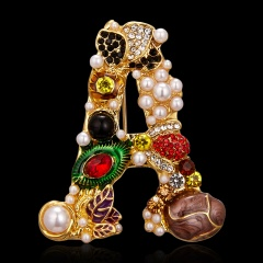 Rinhoo 4 Letters Design Luxury Pearl Brooches Women Lady Exquisite Statement Jewelry Gift Hot Sale Colorful Flower Pins Brooch A