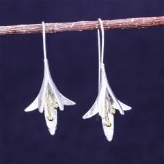 Silver Flower Three-dimensional Earrings Honeysuckle