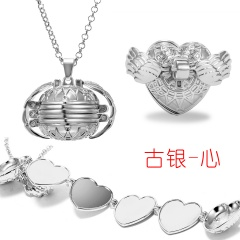 Valentine Magic Photo Pendant Memory Opened Locket Necklace Gift Family Lover Pet Photo Frames Heart Round Angel Wing Necklace Pale silver