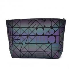 Folding Single Shoulder Bag Ladies Bag Geometric Luminous Chain Baoling Grid Mosaic Small Bag Crossbody Bag The geometric model