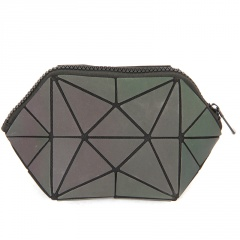 Color Triangle Makeup Bag Luminous Diamond Wash Gargle Bag Bag In Hand Color