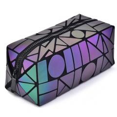 Geometric Diamond Long Square Zippered Purse Hand Bag 19.5*8.5*8.5cm The geometric model