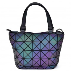 Geometric Ringer Handbag Bucket Bag 27.5*18*12cm The triangle model