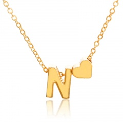 Fashion 26 Letter with Heart Pendant Necklace Gold Chain Short Alloy Necklace Jewelry Gift N
