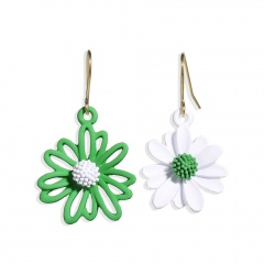 Asymmetric Daisy flower earrings Green and white