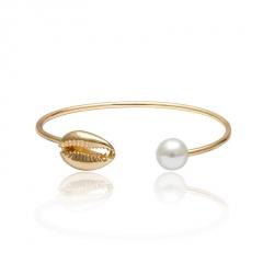 Shell pearl open bracelet Golden