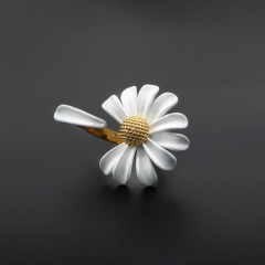 Small Daisy paint open adjustable ring gold