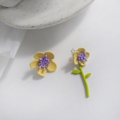 Cute Romantic Pink Yellow Flowers Earrings Contracted Japan South Korea Trendy Asymmetric Flowers Stud Earrings for Women yellow