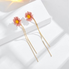 Long tassel and small Daisy stud earrings pink