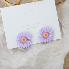 Resin miniature Daisy flower stud earrings purple