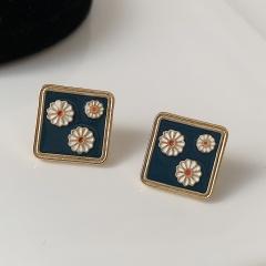 Flower Daisy Enamel Stud Drop Earrings Daisy 4