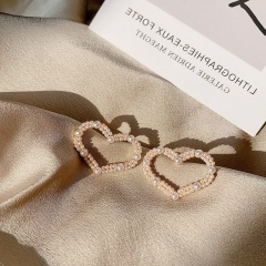 Golden Pearl Heart Shape Metal Stud Earrings Heart
