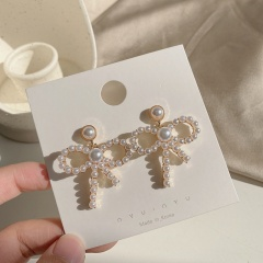 Golden Metal with Pearl Bow Stud Dangle Earrings Bow