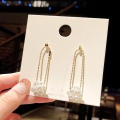 Simple Gold Metal Pearl Cricle Stud Earrings Pearl