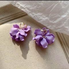 Wholesale Purple Flower Stud Earrings Violet