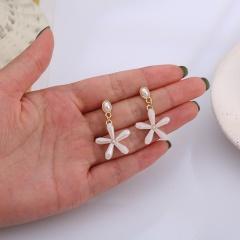 Multicolor Crystal Flower Alloy Dangle Fashion Earrings White