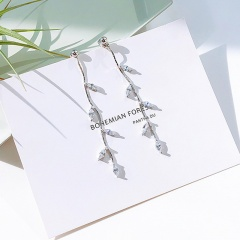 Metal Long Chain with Ball Dangle Stud Earrings Fashion Leaf