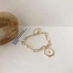 Ins Wind Small Daisy Golden Chain Bracelet Necklace Rings Bracelet