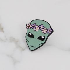 Halloween Alien Flower Garland Dripping Brooch Skull