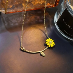 Daisy Metal Pendant Chain Necklace Yellow