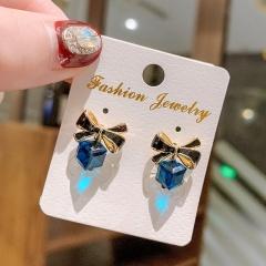 Wholesale Fashion Gemstone Crystal Stud Earrings Blue Crystal