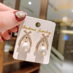 Wholesale Fashion Gemstone Pearl Stud Earrings Style 3