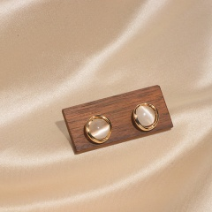 Gold Cat Eyes Stone Temperament Earrings Jewelry Wholesale B