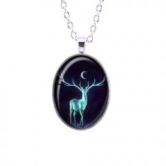 Vintage Oval  Christmas Elk Pendant Chain Necklace Silver