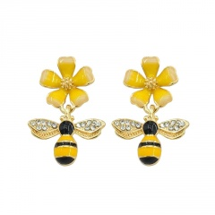 Gold CZ Stone Small Bee Flower Pins Brooches Jewelry F