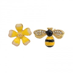 Gold CZ Stone Small Bee Flower Pins Brooches Jewelry G