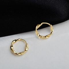 Golden Twist Circle Geometric Ear Hoop Earrings Gold