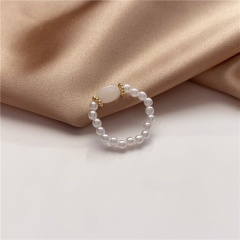 Hand-woven imitation pearl index finger ring tail ring white