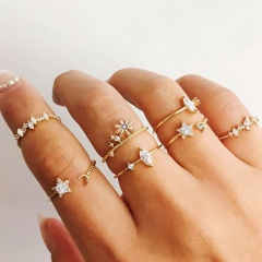Flower Star Moon Rhinestone Joint Ring Set (size #5-#7) gold 7pcs/set