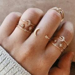 Moon Star Rhinestone Joint  Ring Set  (size #5-#7) gold 7pcs/set