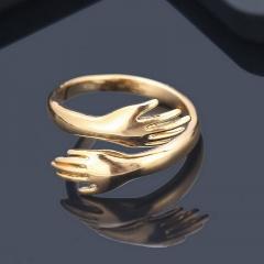 Love hug arm open ring gold
