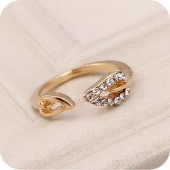 Devil tail leaf rhinestone open ring gold